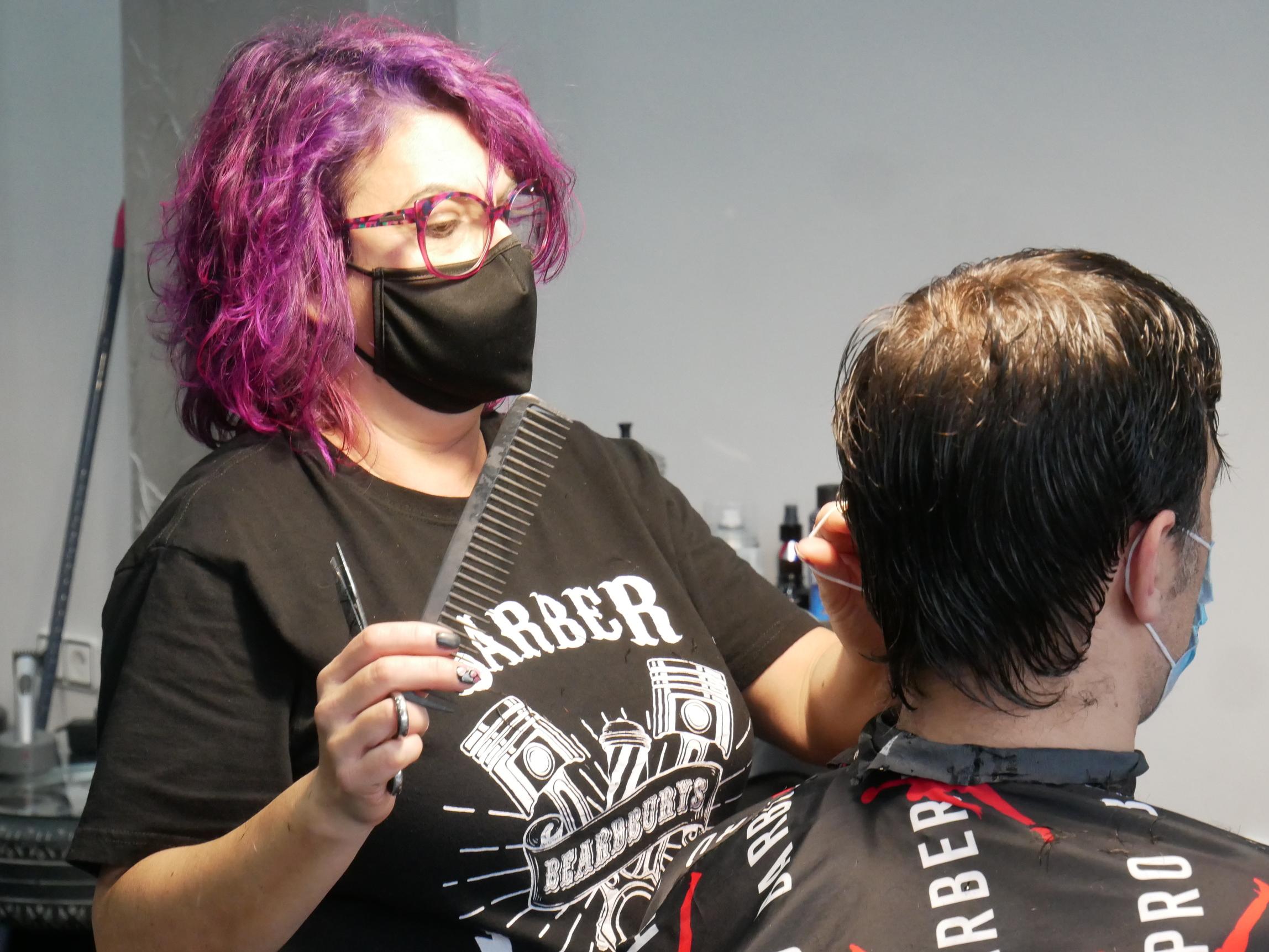 the-garage-barber-peluqueria-barberia-mataro (18)